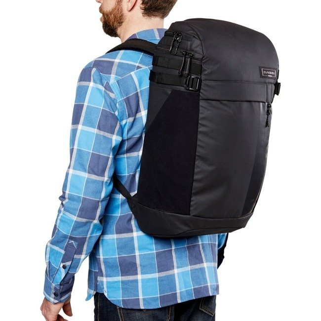 Plecak na laptopa Dakine Concourse 30l plum shadow